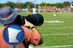 minnesota map icon and a sporting event photographer