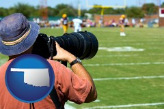 oklahoma map icon and a sporting event photographer