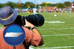 tennessee map icon and a sporting event photographer