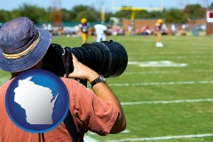 wisconsin map icon and a sporting event photographer